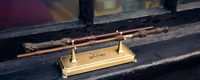 Interactive Harry Potter™ and Professor Dumbledore™ Wands with Double Wand Stand